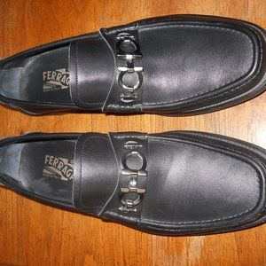 Salvatorer Ferragamo Loafers